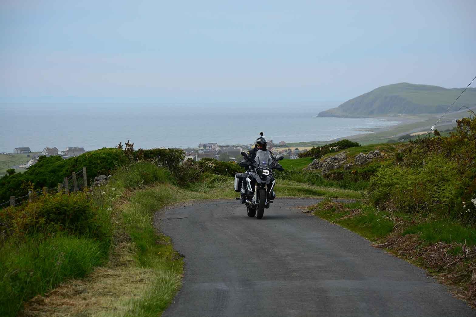 Riding the coastline of Scotland