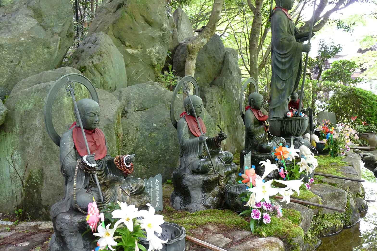 Temple garden, Myajima