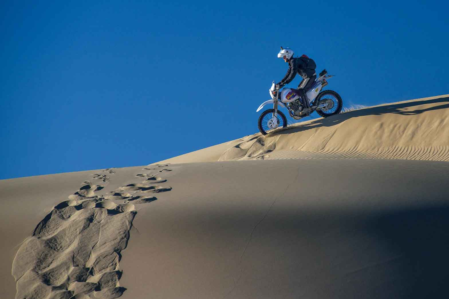 Fine riding in fine sand, Mongolia