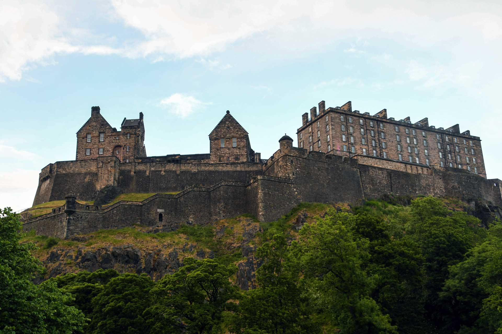 Scotland Motorcycle Tour, Day 1 - Arriving in Edinburgh