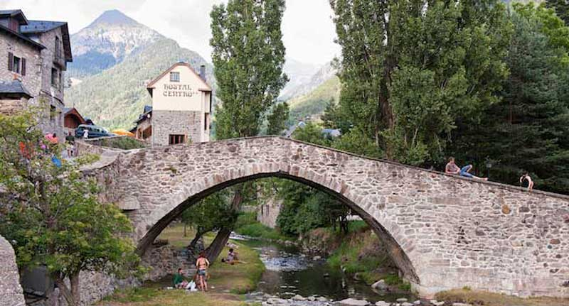 Hostel Centro - the Pyrenees